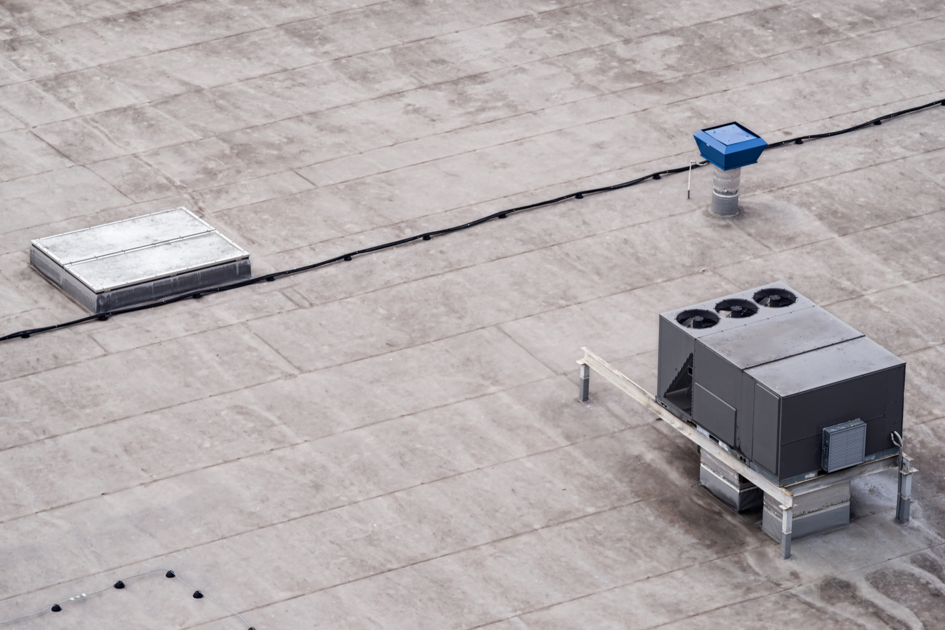 A dirty commercial Rooftop